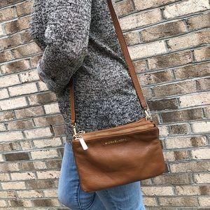 Michael Kors Bedford Gusset Leather Crossbody bag